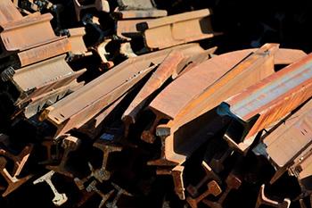 鉄・金属類と廃棄物の違い