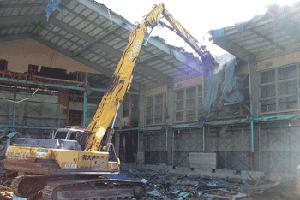 鳥取県立米子南高校体育館解体工事